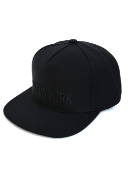 Nueva York Hat in Black View 2