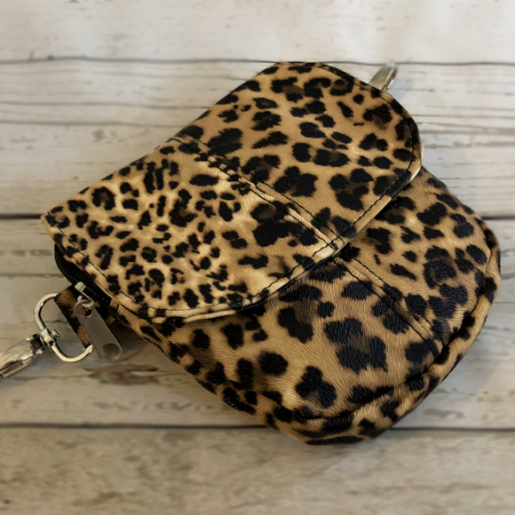 Passport Curvy - Leopard