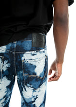 Load image into Gallery viewer, Extreme Distressed Denim Shorts