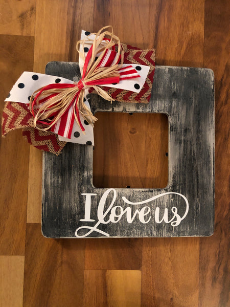 """I Love us"" black distressed heart frame"