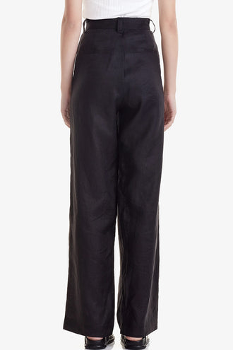 Commoners Womens Pleat Front Pant - Black
