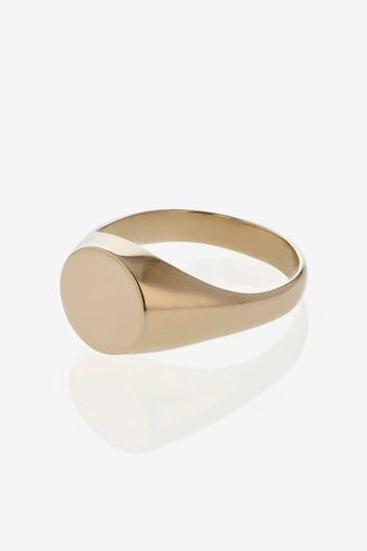 Sarah & Sebastian Signet Ring - Yellow Gold