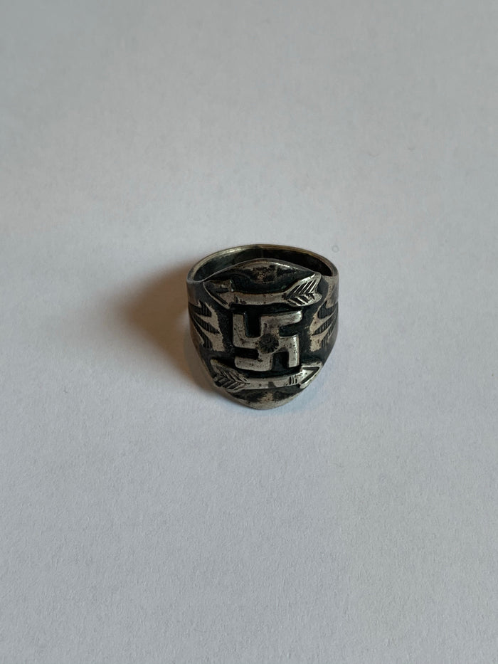 whirling log navajo pre ww2 ring