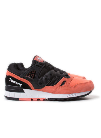 Grid SD Premium Black/Salmon
