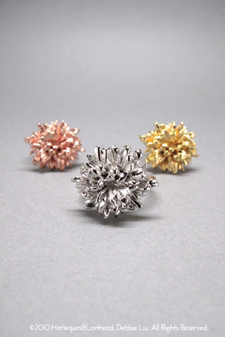Harlequin&Lionhead handmade flower cocktail ring yellow, rose or white gold plated