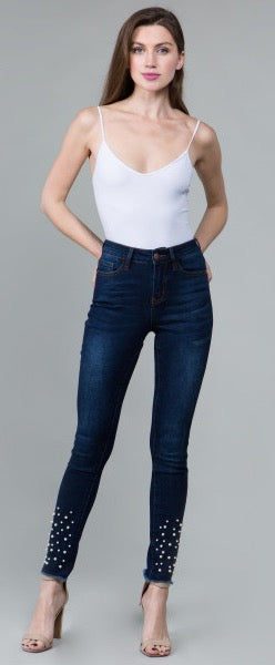 Frayed Hem and Pearls Skinny Jeans