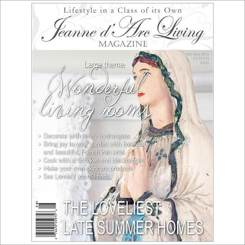 Jeanne d'Arc Living Magazine August 2015