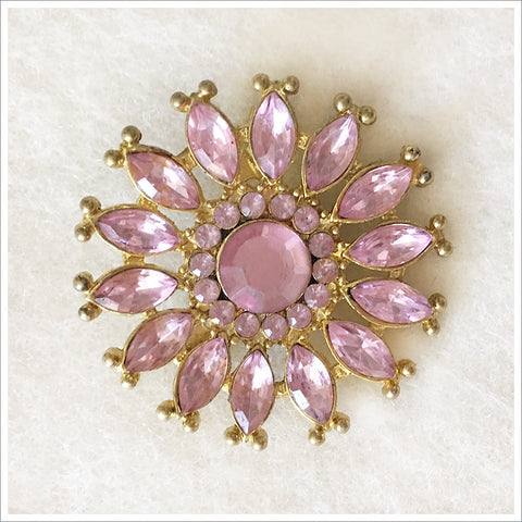 Stunning vintage brooch in a rare and beautiful pink and gold combination