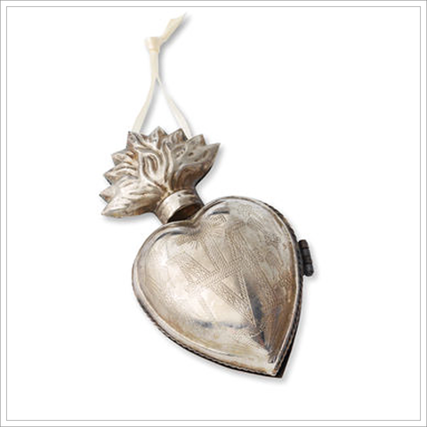 Heart Locket Milagro Ornament