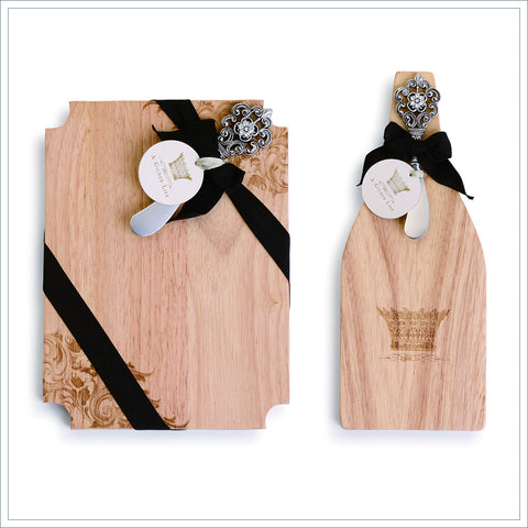 Cutting Board with Spreader