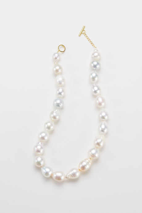 South sea white pearl necklace