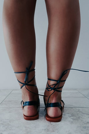 Lace Me Up Sandals: Black