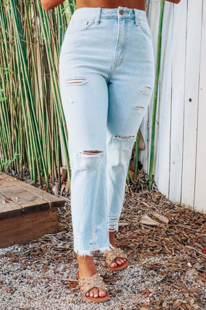 On Point Jeans: Light Denim