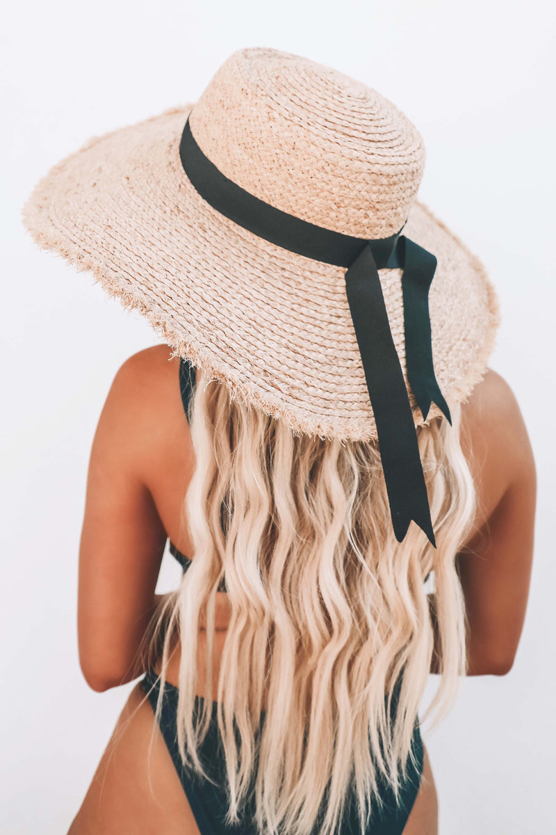 Beach Picnic Hat: Natural/Black