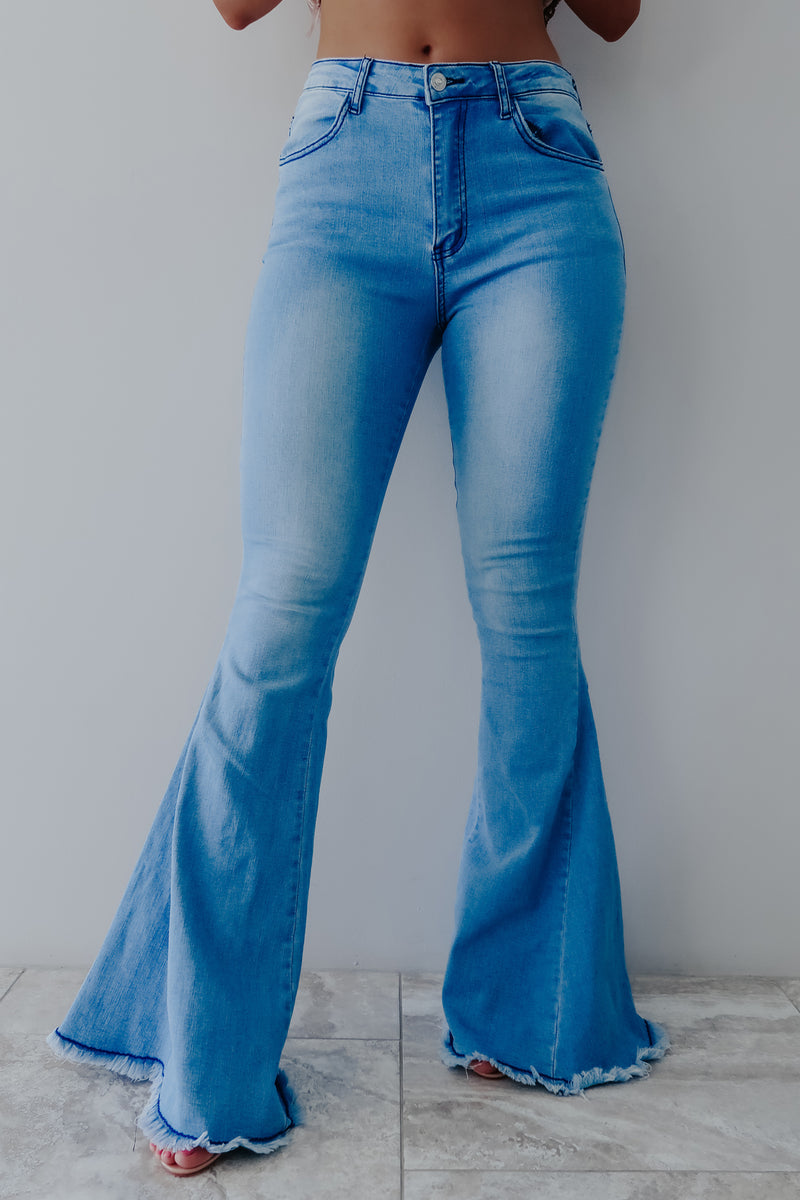 Fun & Flirty Jeans: Light Denim