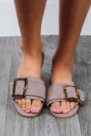 RESTOCK: Flat Note Sandals: Taupe