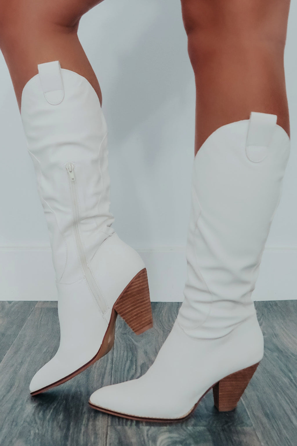 Leaving Late Boots: White