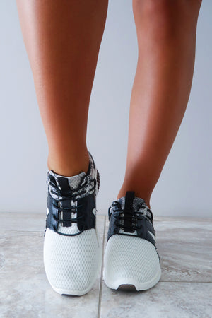 Run Faster Sneakers: White/Black