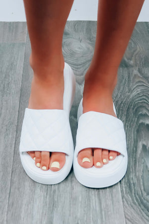 Fashion Staple Platform Sandals: White