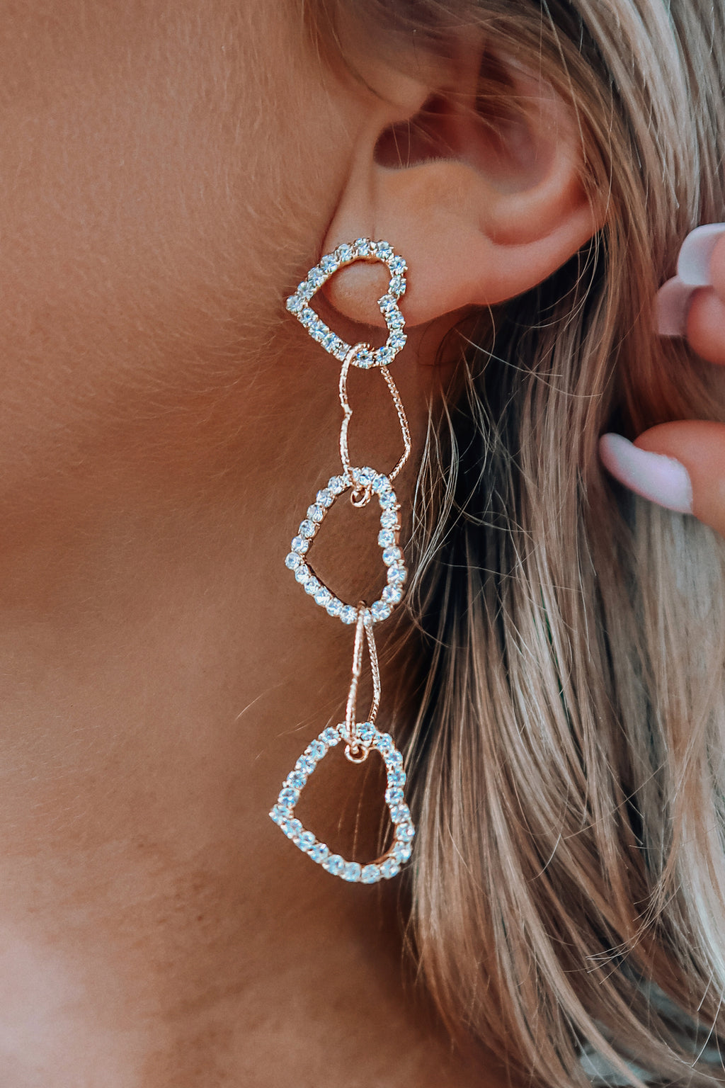 Link Our Hearts Earrings: Gold