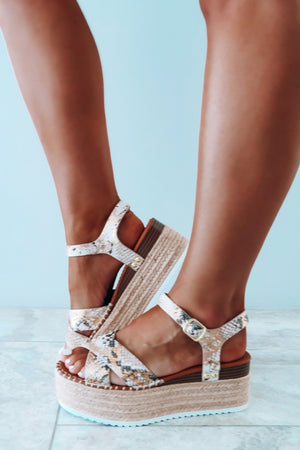 What A Chase Wedges: Multi