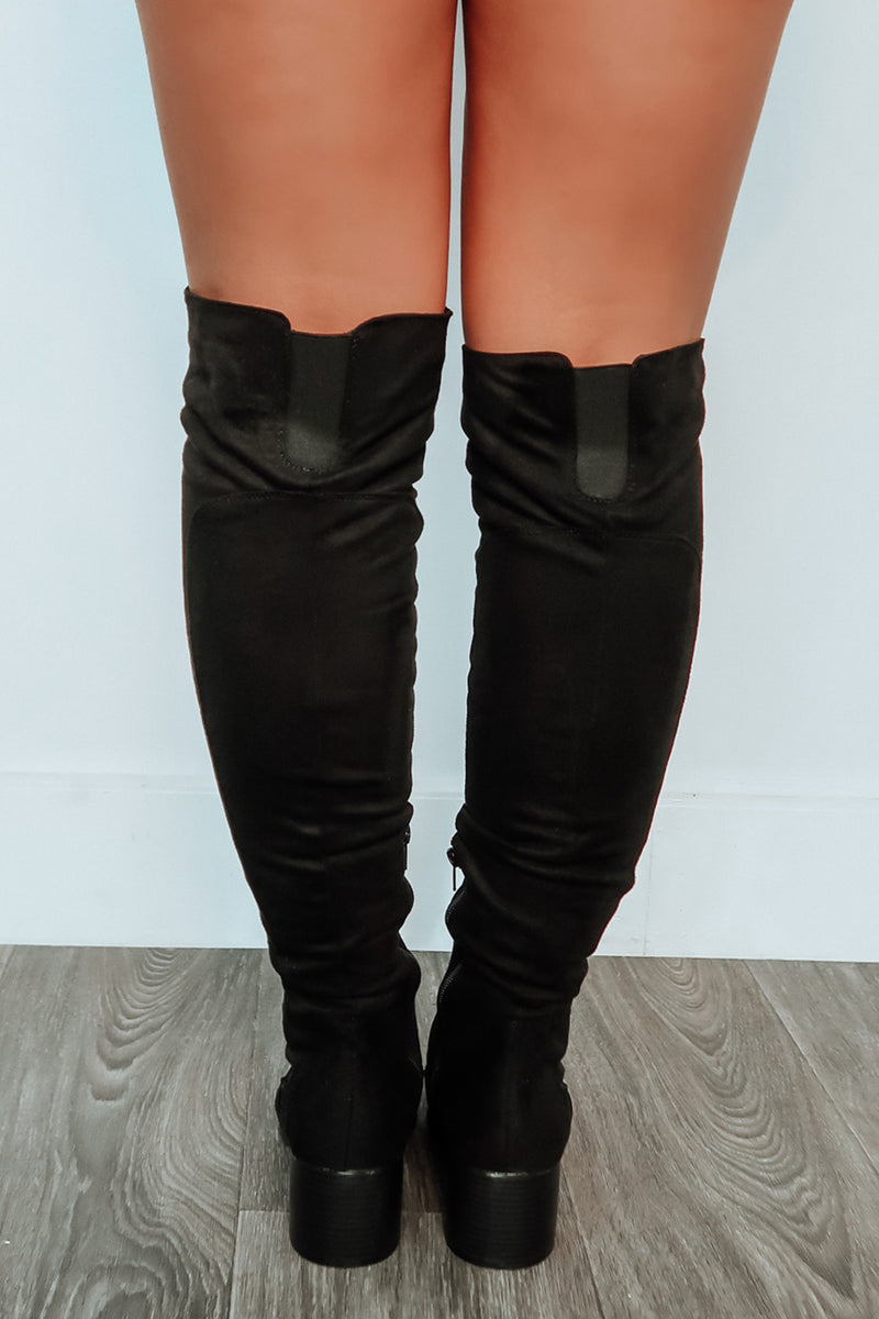 Different Directions Boots: Black