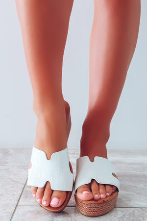 Time Flies Wedges: White