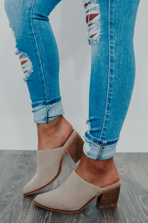 Through The Field Mules: Taupe