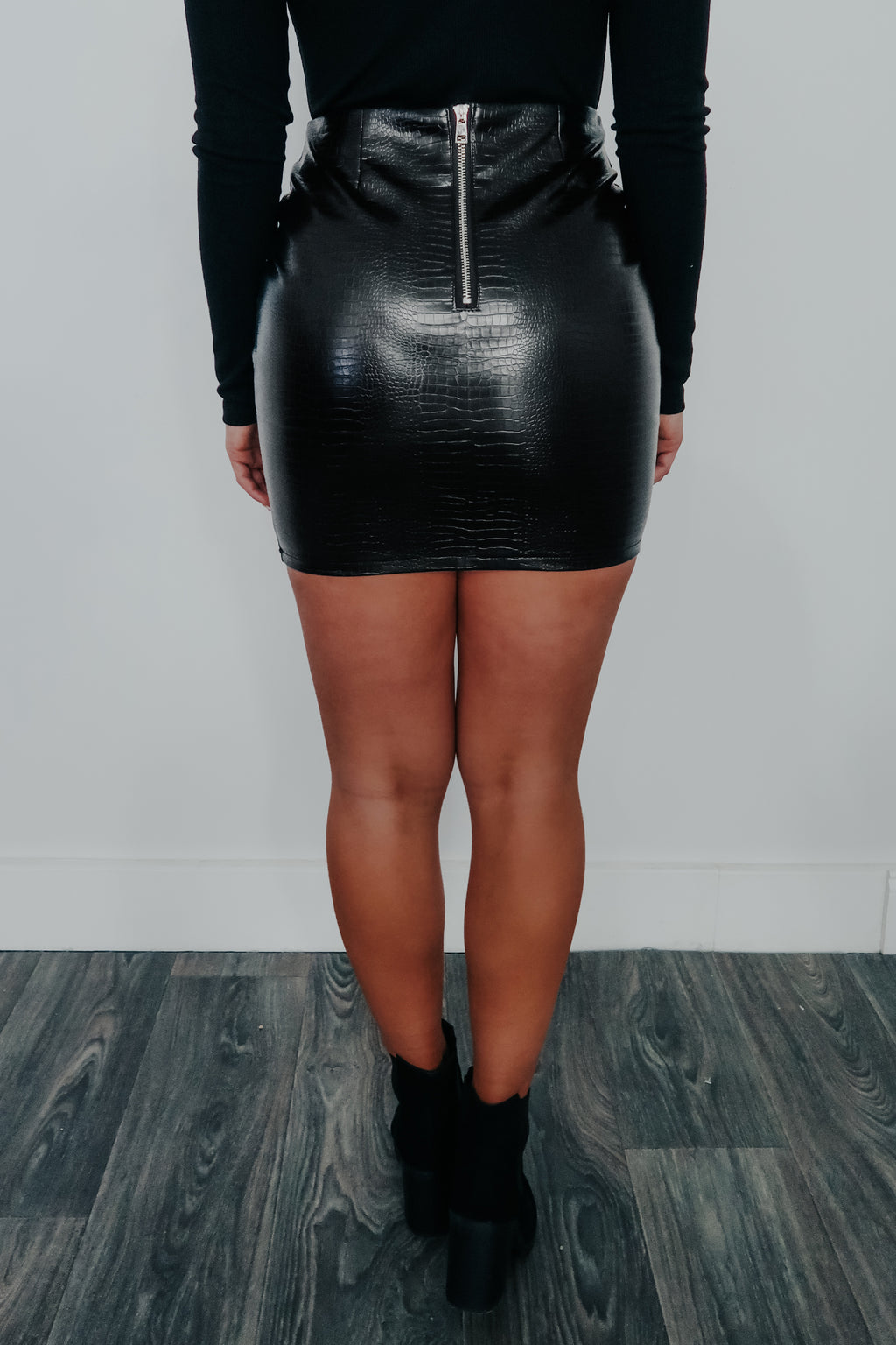 Hard To Break Skirt: Black