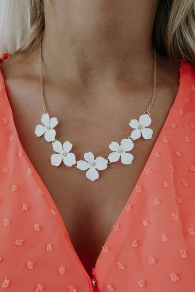 Floral Love Necklace: White/Gold