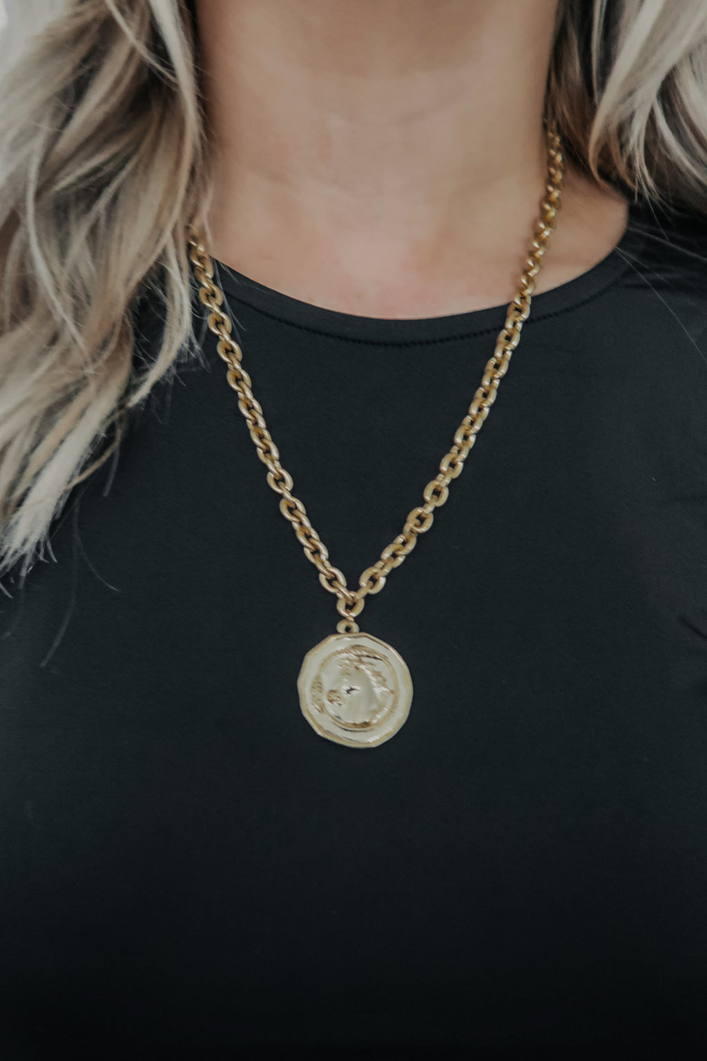 Coin Toss Necklace: Gold