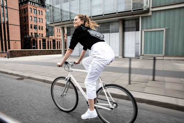 The perfect fanny pack for cycling in the city