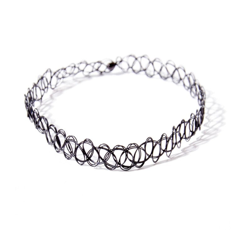 In Style Fashionable Choker