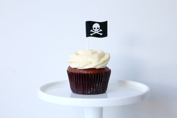Pirate Skull & Crossbone Flag Toppers | Pop Roc Parties