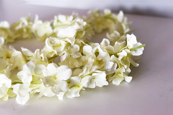 Cream Hydrangea Garland | Pop Roc Parties