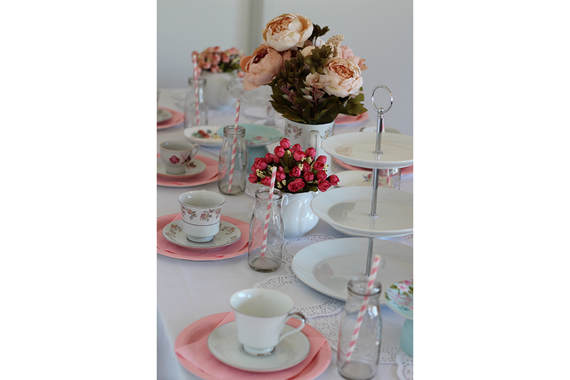 Vintage High Tea Partybox | Pop Roc Parties
