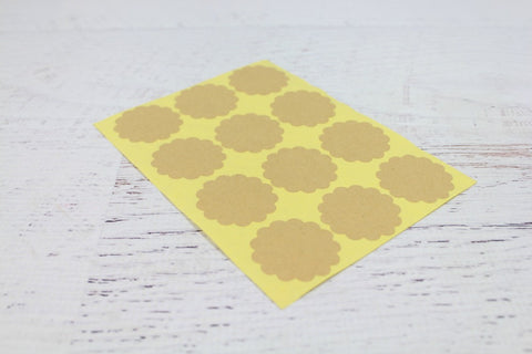 Kraft Round Scallop Stickers