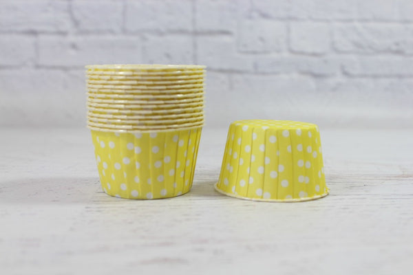 Lemon Polka Dot Cupcake Cups - Pop Roc Parties