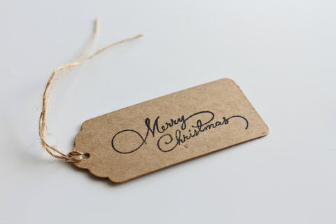 Kraft Scallop Edge 'Merry Christmas' Stamped Gift Tags