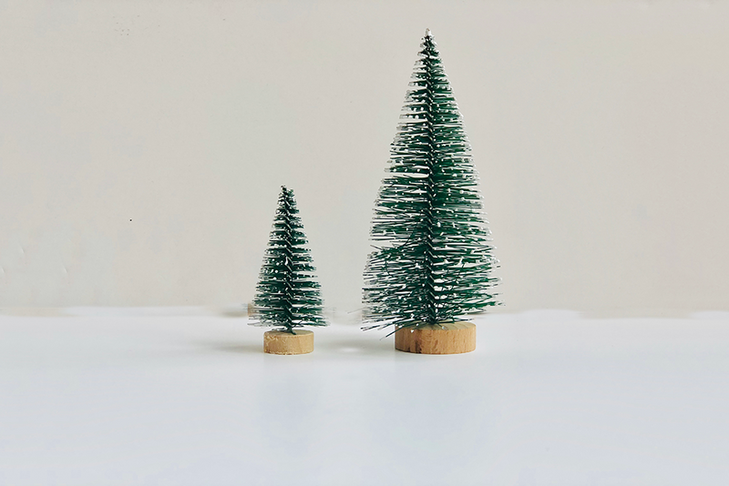 Mini Green Bristle Christmas Trees | Pop Roc Parties