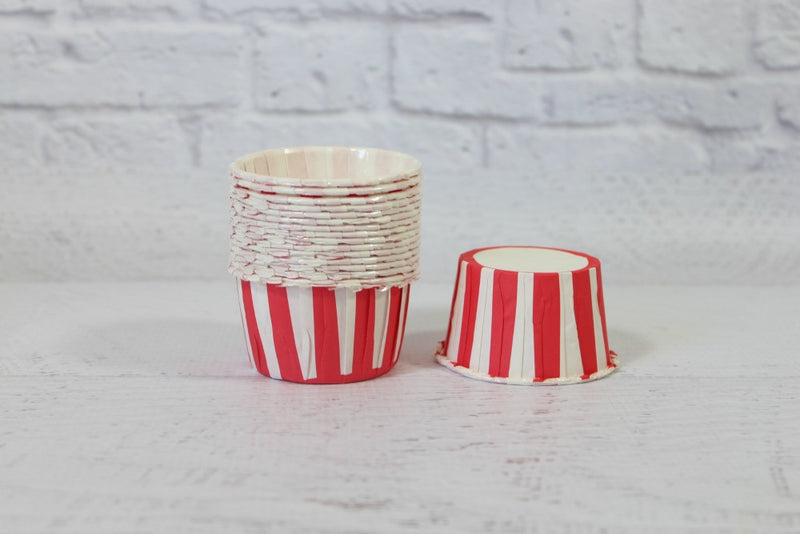 Red Stripe Cupcake Cups - Pop Roc Parties