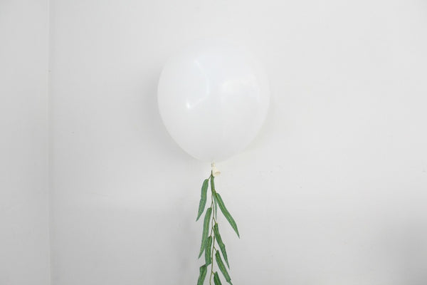 White Jumbo Balloons - Pop Roc Parties