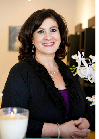 Teresa Paquin NH Licensed Aesthetician, Makeup Artist, Microcurrent Practitioner Anika Skincare and Makeup