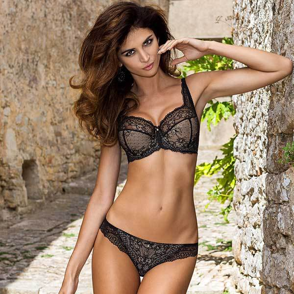 Semi Sheer Lace Padded Bra Gorteks Scarlet Black