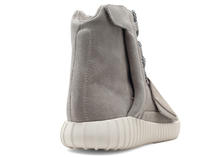 Load image into Gallery viewer, YEEZY 750 Boost - High Top Light Brown/Carbon White-Light Brown