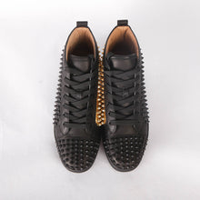 Load image into Gallery viewer, Lou Spikes Orlato Flat Black, Gold