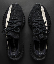 Load image into Gallery viewer, YEEZY Boost 350 V2 Black/White