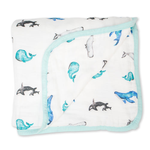 Deluxe Muslin Quilt - Whales