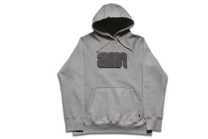 AM LOGO CHENILLE PATCH PULLOVER GREY