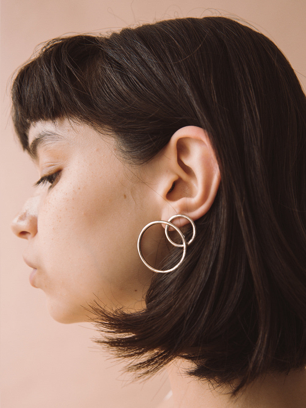 Justine-Clenquet-Lea-Earrings-Scale